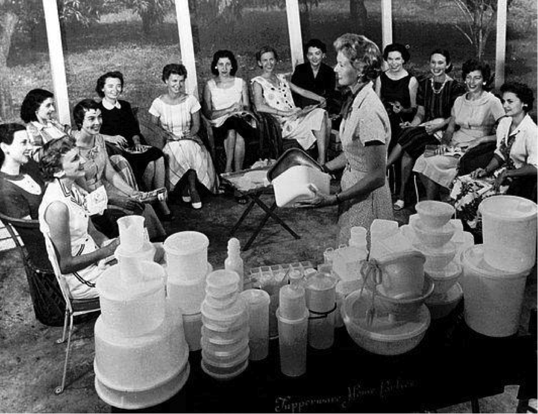 Réunion Tupperware en 1958.